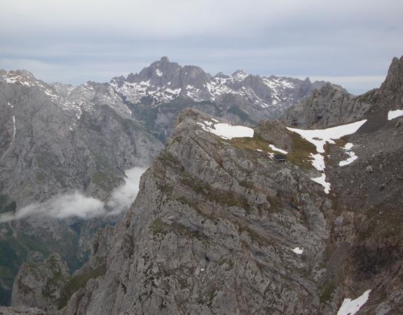 Circular al Llambrión 2.575m