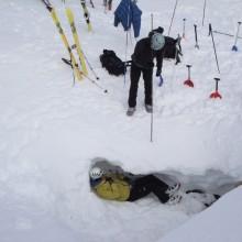 Curso de Autorescate en avalanchas de nieve.
