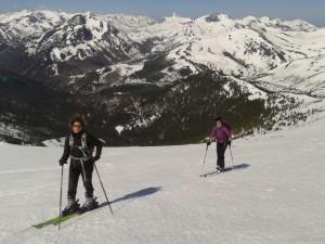 Esqui de travesía en el Pico Lago, cordillera Cantabrica